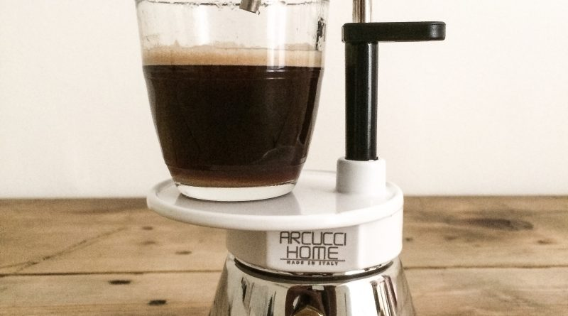 cafetiere-italienne-percolateur